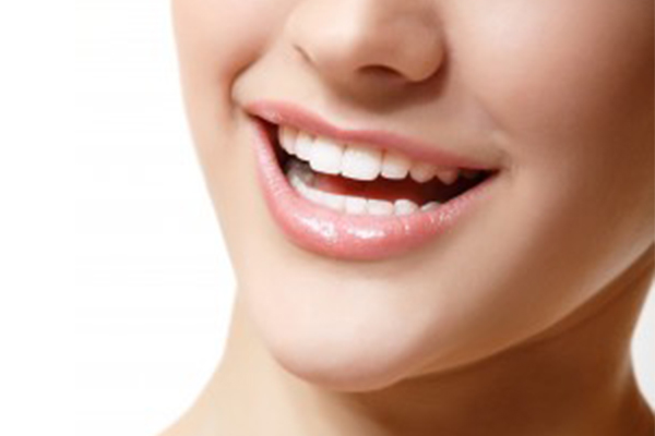天然歯のような高い審美性